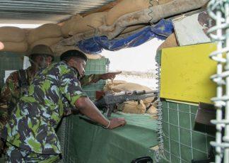 Uhuru-Kenyatta_KDF_Somalia_3_PSCU-640x456